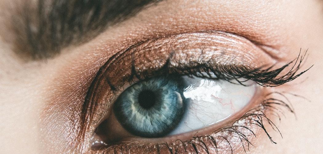 Eyelash dan Eyebrow untuk Menumbuhkan Bulu Mata